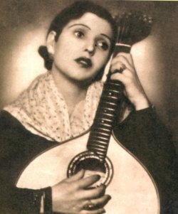 Ercília Costa